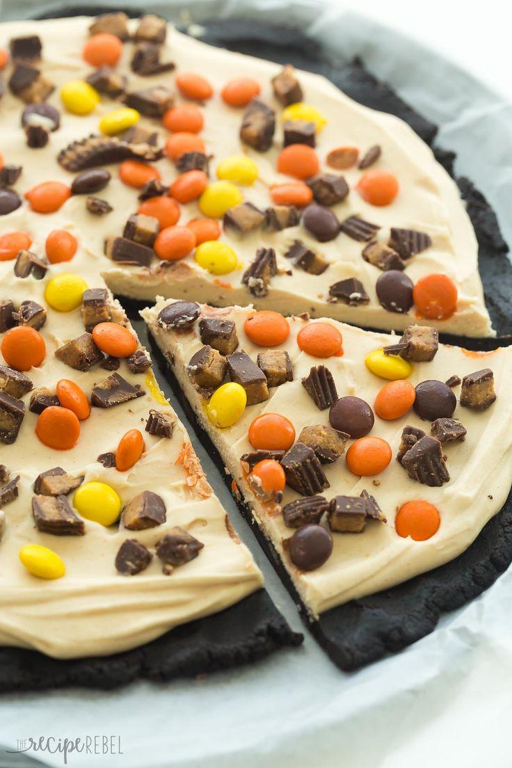 www.thereciperebel.com frozen-peanut-butter-cup-dessert-pizza-treatzza-pizza-recipe-video ?print=7288