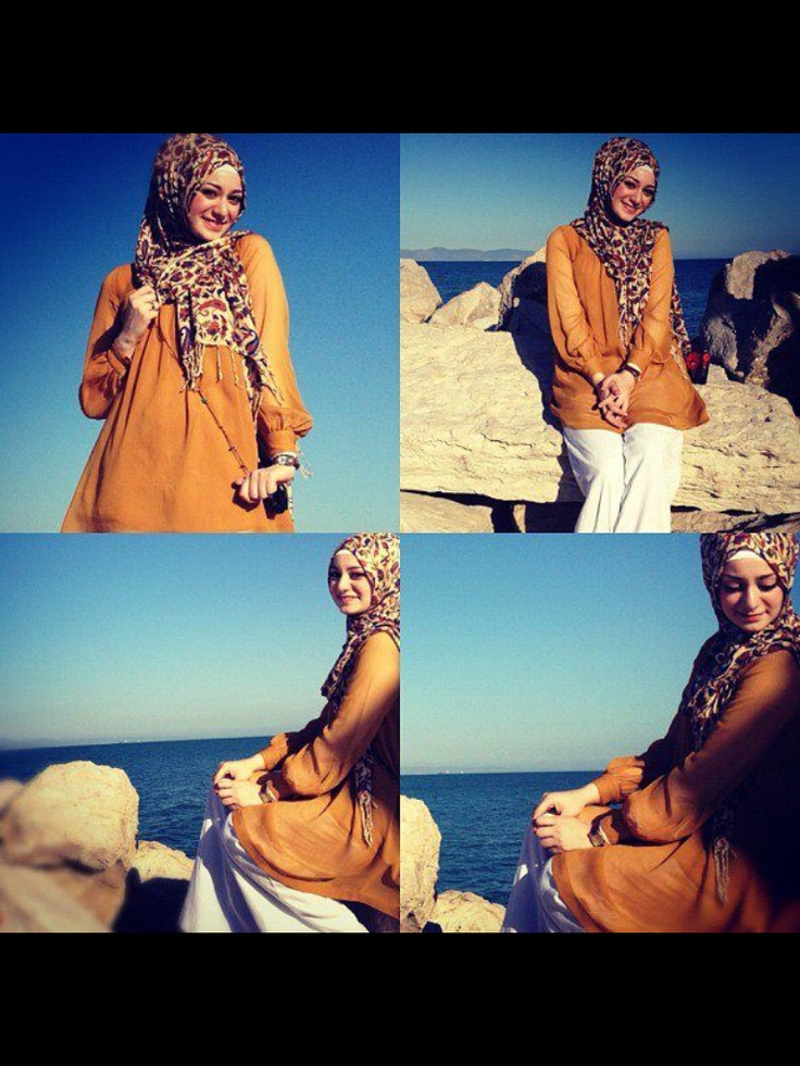 Print hijab  (Picture taken from My Algerian Hijab Fashion)