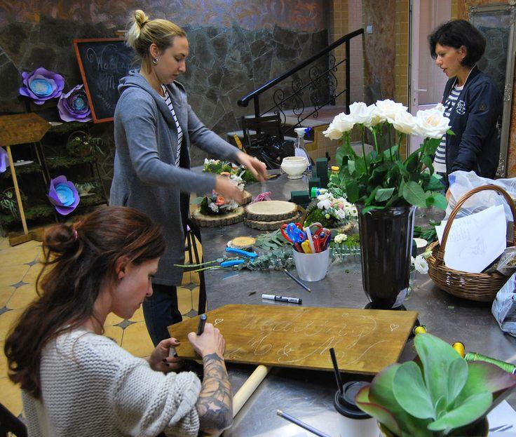 В Пятницу у нас была подготовка к оформлению свадьбы #asantstudio #оформлениеживымицветами #свадьба#цветы#подготовкаксвадьбе