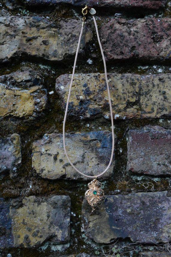 Jewellery Necklace Viana's Heart Green Crystal Brass Flowers