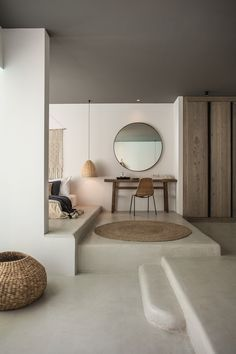 soft colors for a nice and huge design bedroom