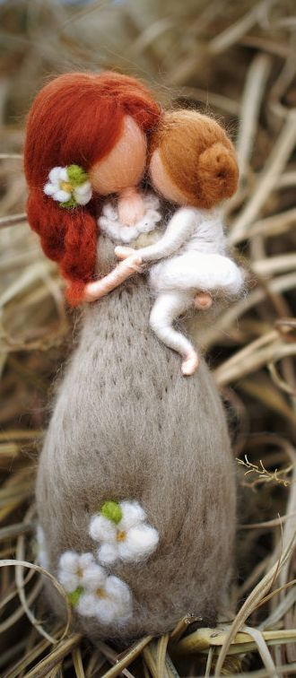 So pretty, needle felted mother and daughter