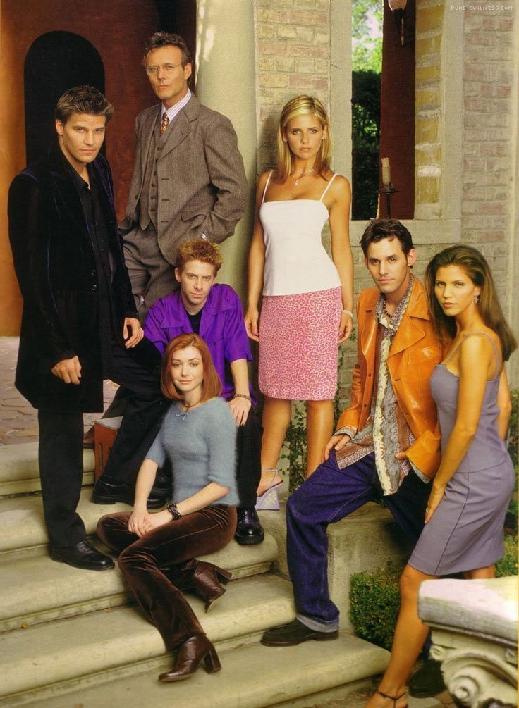 91 best five by five images on pinterest vampires buffy the sarah michelle gellar reunites with david boreanaz buffy the vampire slayervampire fandeluxe Document