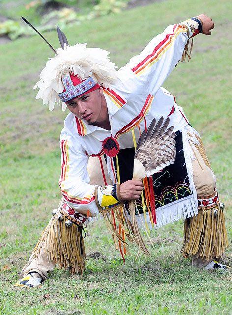 Onondaga Nation Dancer Prepares for Smoke Dance ...