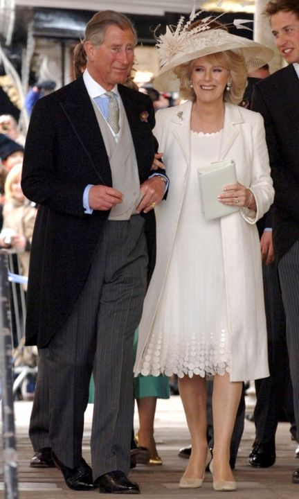 Prince Charles And Camilla Parker Bowles Wed In 2005 (Check Out The Cheeky Royal Photobomber In The Corner)