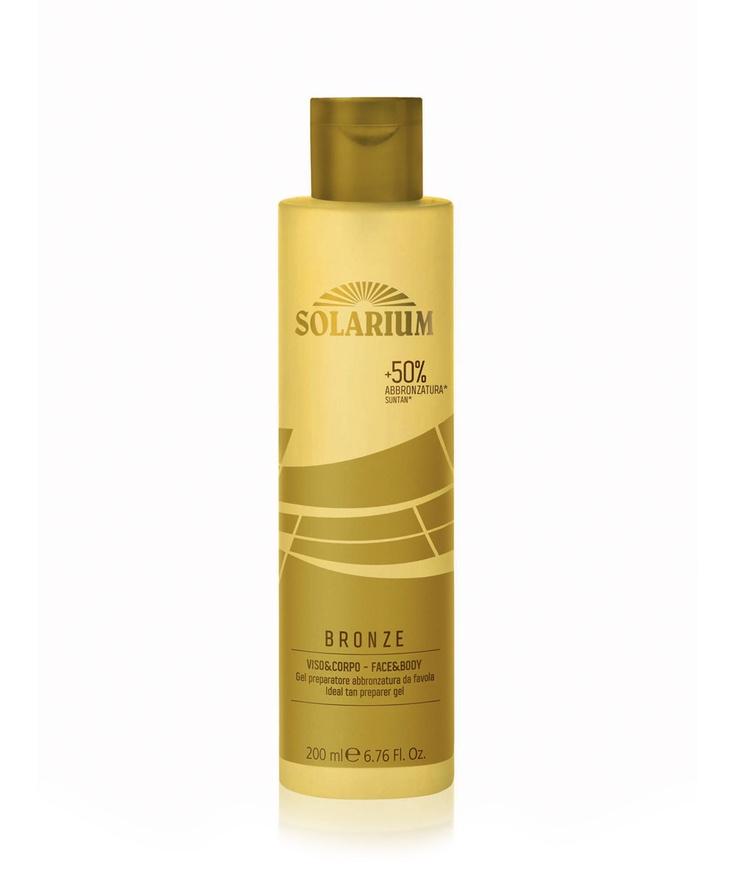 Gel preparador del bronceado de Solarium. Gel fresco y ligero, de rápida absorción, que aumenta el bronceado un 50%, manteniendo la piel hidratada.