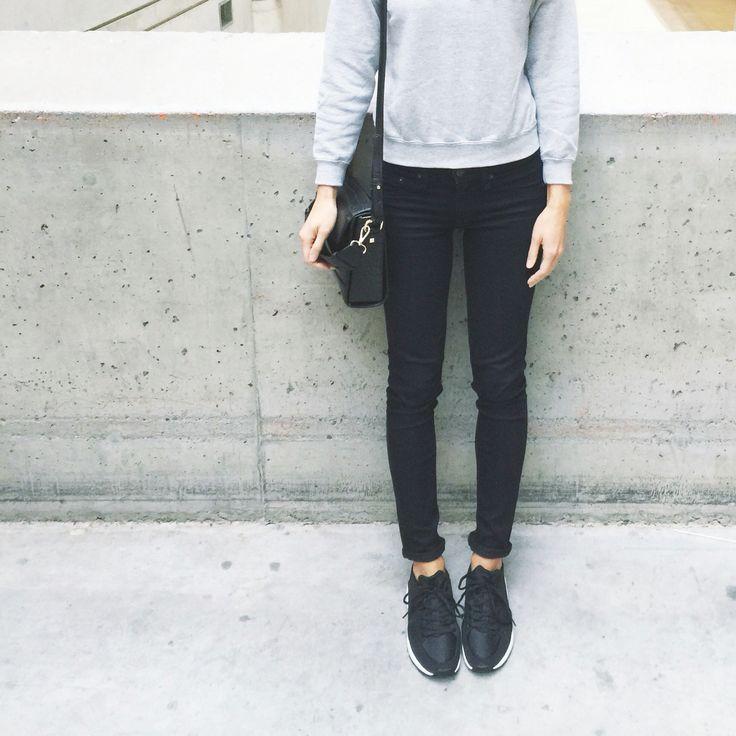 My style: The Untitled Shop sweatshirt, Rag and Bone skinny jeans, Zara mock croc bag, Zara sneakers #ragandbone #theuntitledshop #zara #theonlyspot #aritzia #dailylook #dailyoutfit #fashion #fashiondiaries #lookbook #mystyle #myaritzia #NowhereEverywhere #ootd #outfit #ootdwatch #style #stylegram #styleinspo #streetlook #streetstyle #streetfashion #wiwt #whatiwore