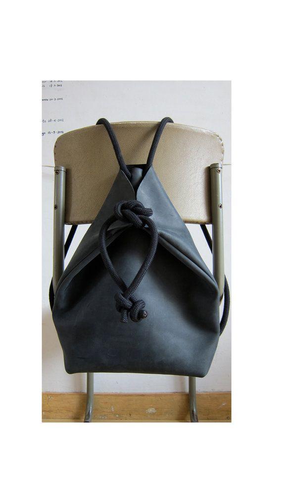 minimal rucksack black //