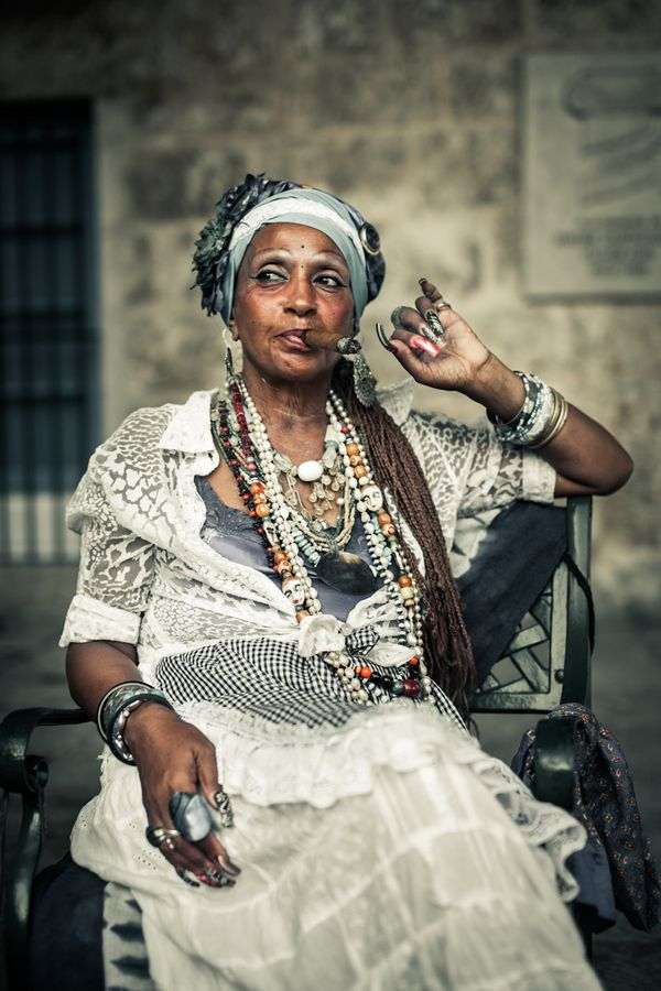 500px / Cigar Lady in Havana by Sven Dreesbach