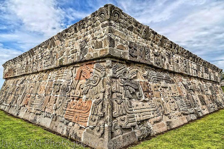 Xochicalco, Morelos. Templo de Quetzalcóatl, la serpiente emplumada