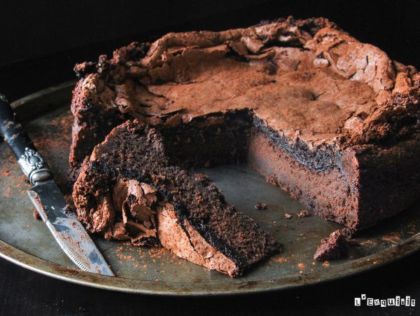 Brownie con merengue de chocolate (sin gluten) - L´Exquisit