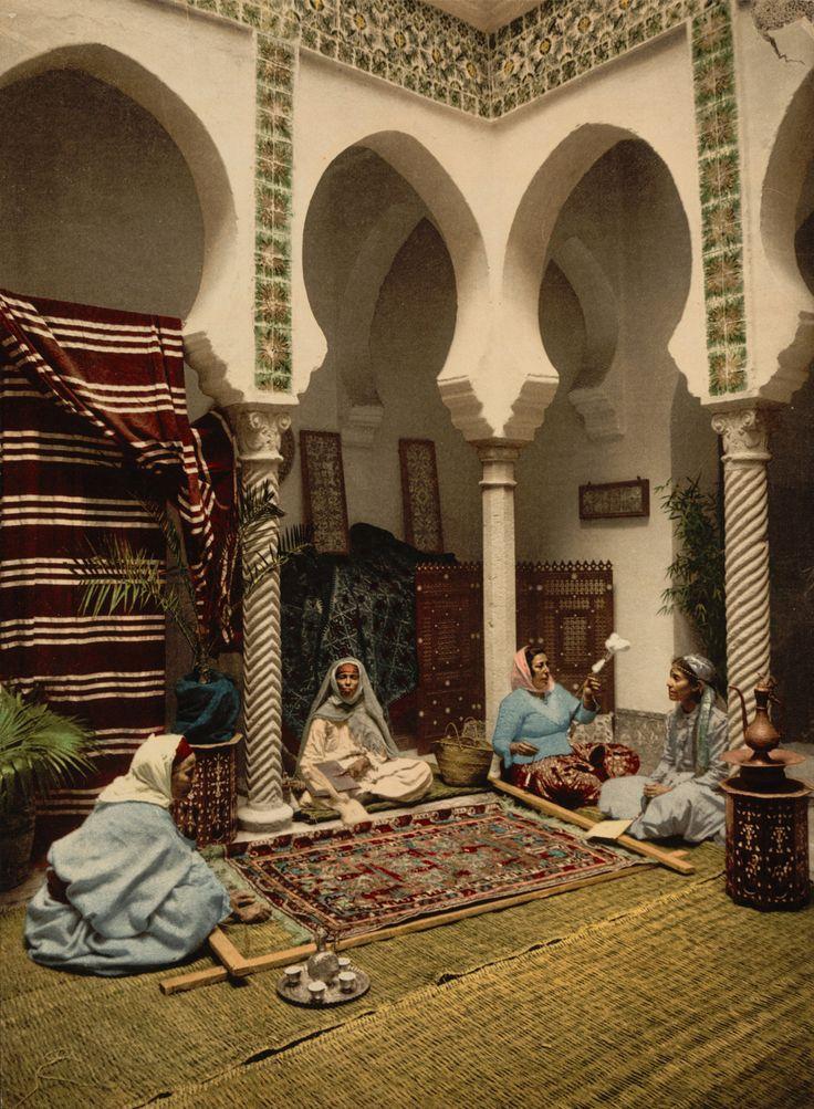 Algiers Gesellschaft