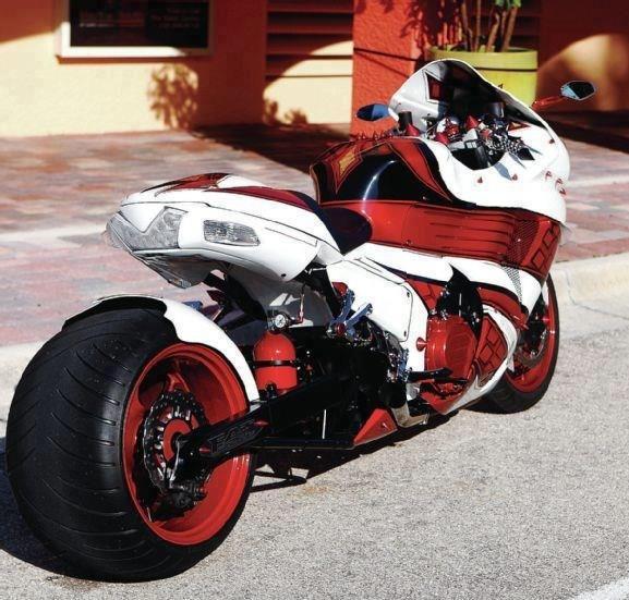 Kawasaki Ninja ZX 14-R aka The KING