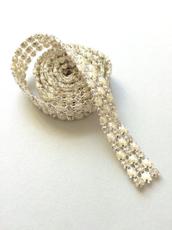 Hey, I found this really awesome Etsy listing at https://www.etsy.com/listing/119087568/rhinestone-trim-1-yard-3-lines-pearl