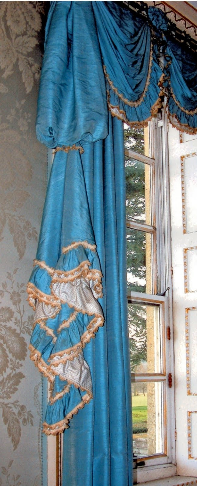 CornOrig2.jpg (image) John Fowler Design  this curtain and the color are dynomite