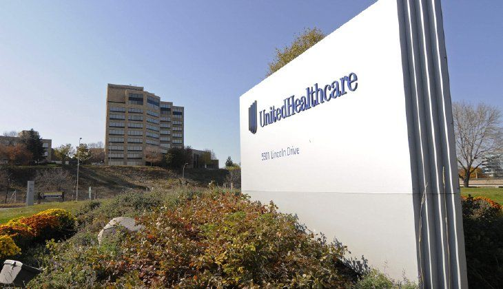 Citing serious financial problems, the largest insurer in America will remain in only a handful of Obamacare markets next year. UnitedHealth's CEO said in an investor call Tuesday morning that the Obamacare market has continued to show high risk. Next year we will only remain in a handful of states, UnitedHealth CEO Stephen Hemsley said. UnitedHealth lost $425 million last year due to Obamacare. The insurer already said it would pull out of Michigan, Georgia and Arkansas next year. It had…
