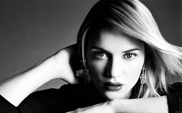 "Kate Elizabeth Winslet CBE | Born: October 5, 1975 | Reading | Height: 5' 7"" (1.69 m)"