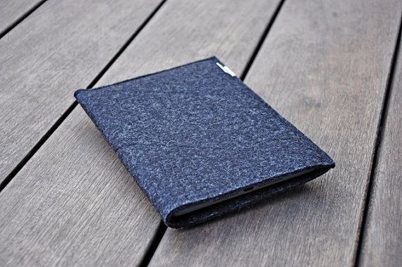 Samsung Galaxy Tab 2 10.1 Pouch / Samsung Galaxy Case / Samsung Galaxy Sleeve : Dark Grey Wool Felt Folded