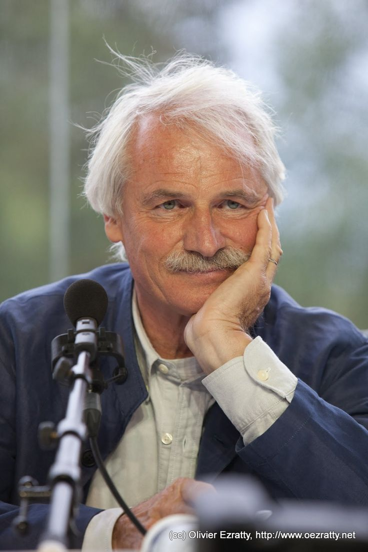 Photos of Yann Arthus-Bertrand in Iceland - Yahoo Image Search Results