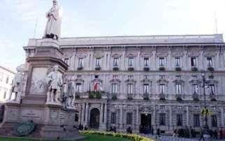 """Milano, Comune approva nuovo regolamento edilizio: """"Sale gioco autorizzate a 200 metri da luoghi sensibili"""""""