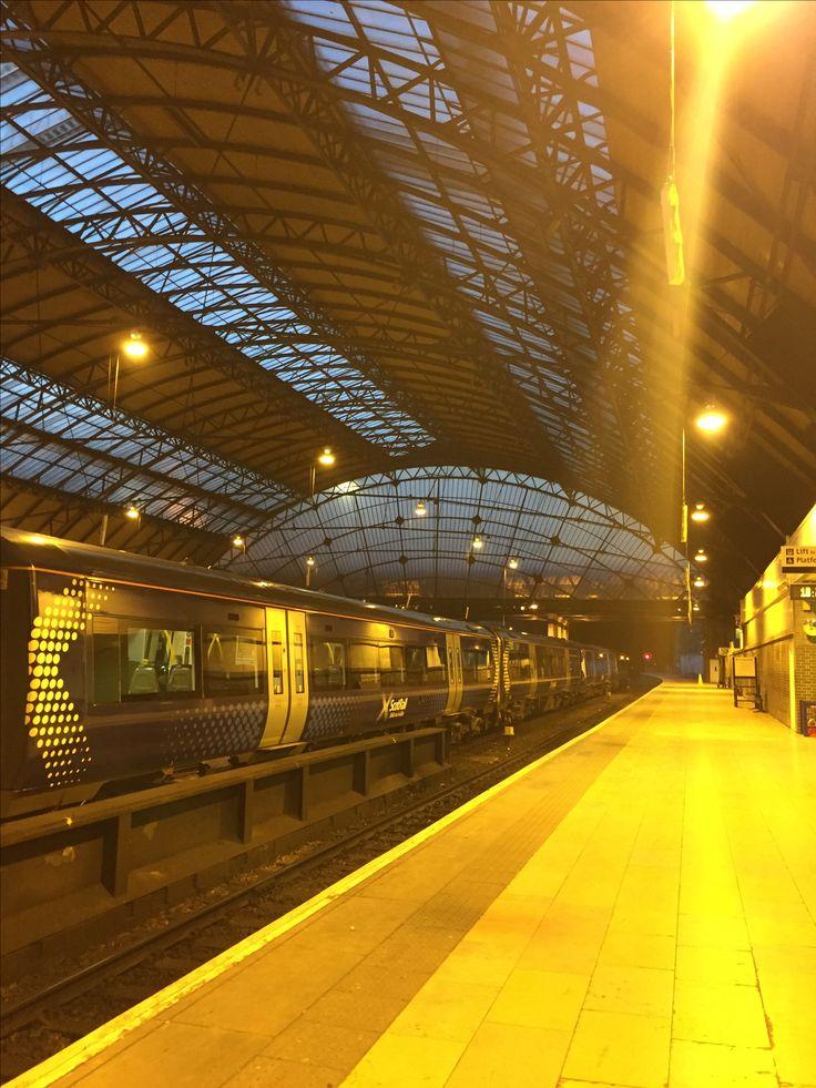 Queen Street upper level train station Glasgow