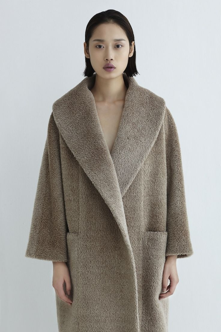 Soft texture | Teddy coat | Beige | Neemic Cocoon collection