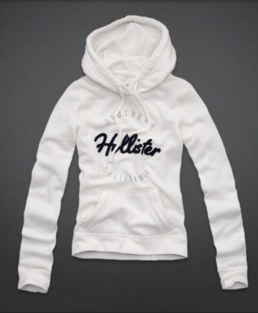 Hollister!! Haha I have this!! :) So comfy!