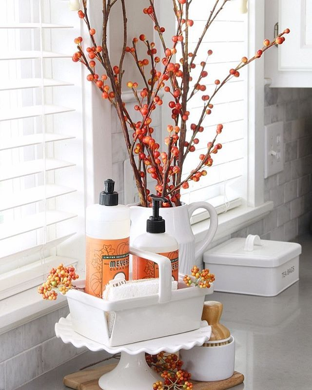 A Little Pumpkin Spice Dish Soap Always Makes Dish Washing Easier And The Apple Cider Scent Is Even B Fall Kitchen Decor Farmhouse Fall Decor Fall Kitchen