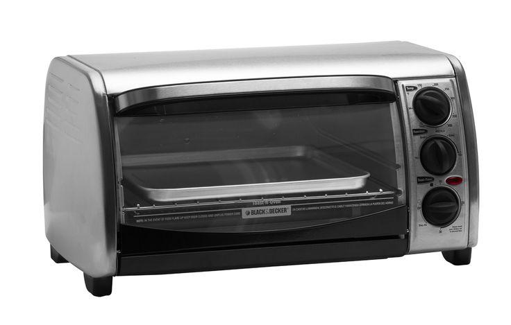 Horno tostador, asador, gratinador.  Marca Black & Decker.  Color Acero + Negro.