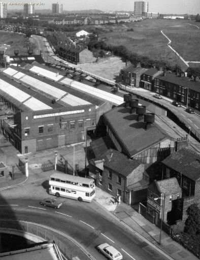 I remember riding past here on my bike :) Connollys Cables Blackley 1975, Delauneys Road, Blackley.