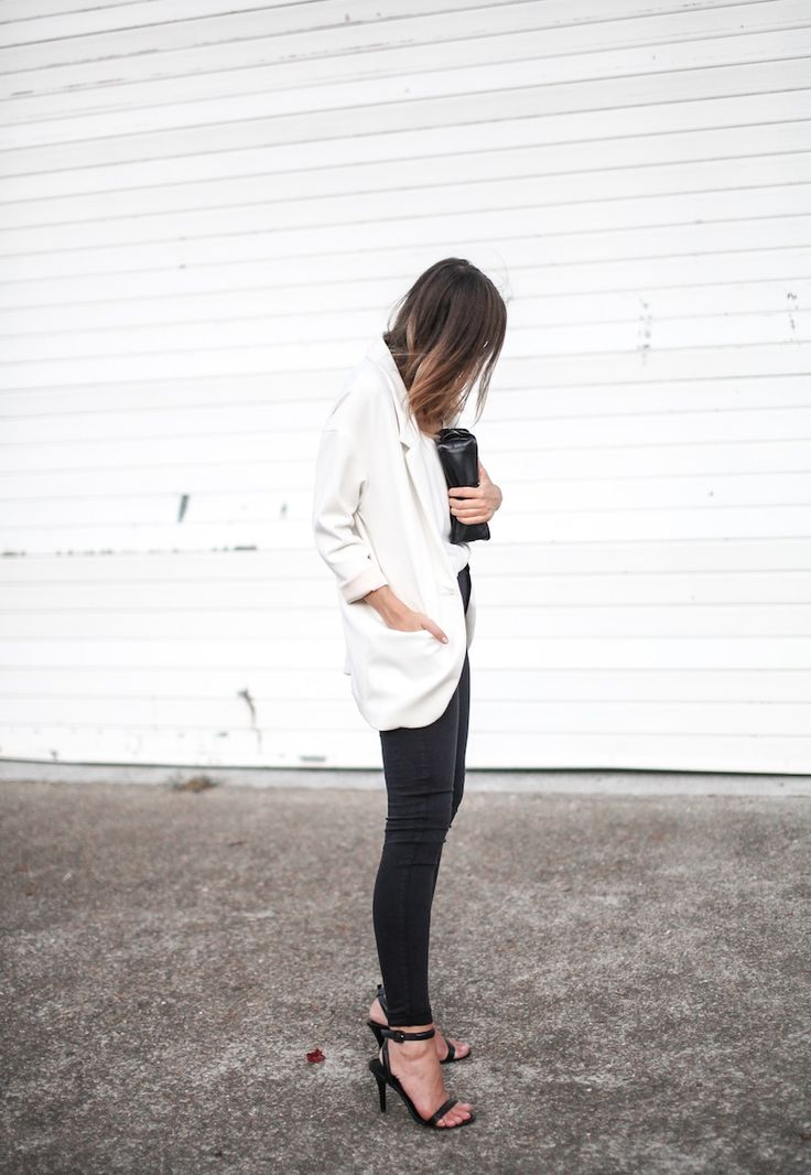 white blazer + black jeans + strappy heels