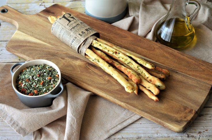 Grisine facute in casa - o reteta in stil italian, foarte usor de preparat. Grisine facute in casa, gustarea perfecte pentru cei mici! Incearca reteta acum!