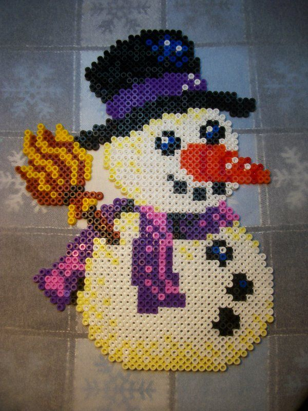 Winter snowman hama perler beads by Nath Hour