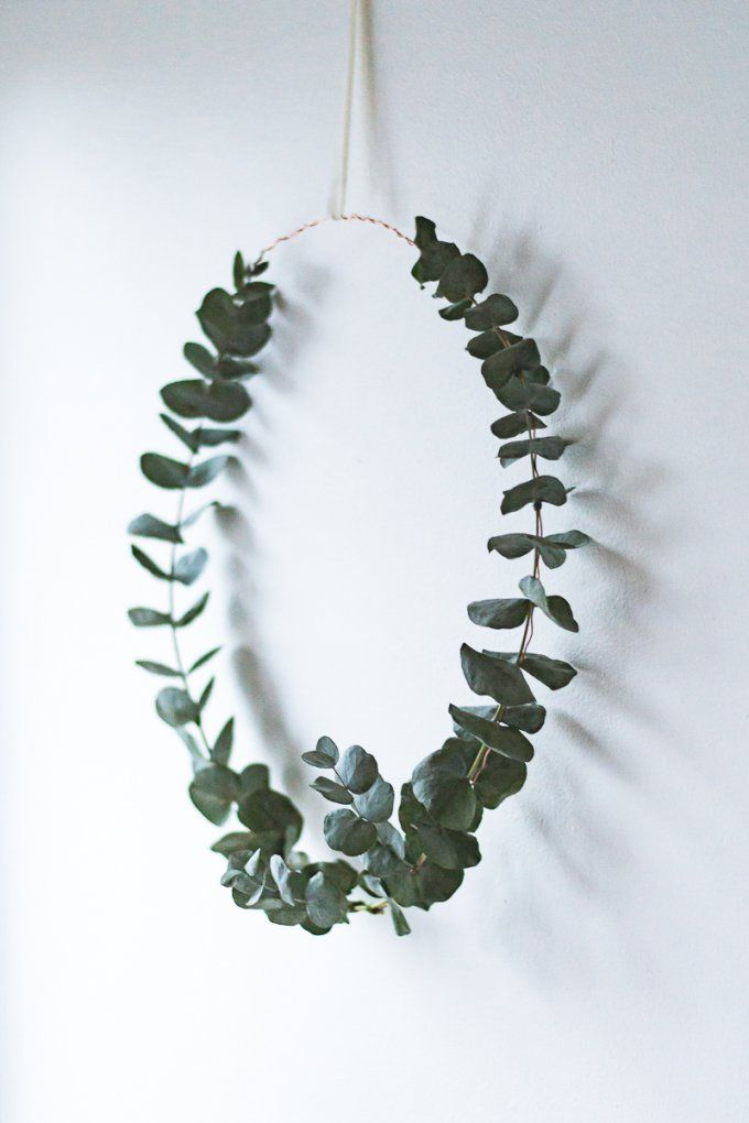 Simple Christmas wreath // Krans av eukalyptus // Eucalyptus