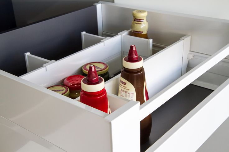 Pantry drawers. Blum drawer runner. www.thekitchendesigncentre.com.au