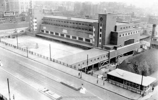 La Gare Centrale (1942).