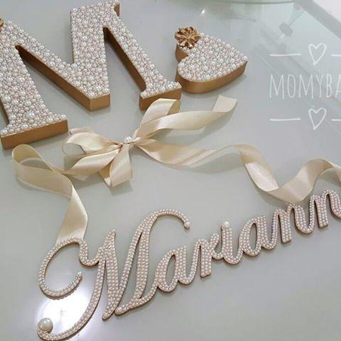 Lindo kit da princesa Marianna. Letra M de 18cm, coração 10cm e nome cursivo com laço para pendurar.  Faça seu orçamento e encomende conosco, temos ofertas incríveis esperando por você!  (33) 99145-5830 ou Direct  Enviamos para todo Brasil   #PortaMaternidade #Quadro #Moldura #Quadrinho #Presente #Decoração #BabyRoom #QuartoDeBebê #QuartoDeMenina #QuartoDeMenino #MãeDeMenina #MãeDeMenino #LetrasPeroladas #LetraDecorada #LetraPersonalizada #InicialDoNome #Pérolas #QuartinhoDeBebe #Cantinho...