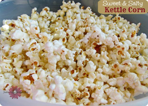 Kettle Corn Recipe. I had a craving tonight so I decided to try this. AWESOME and super easy! Will definitely be adding this to movie nights.