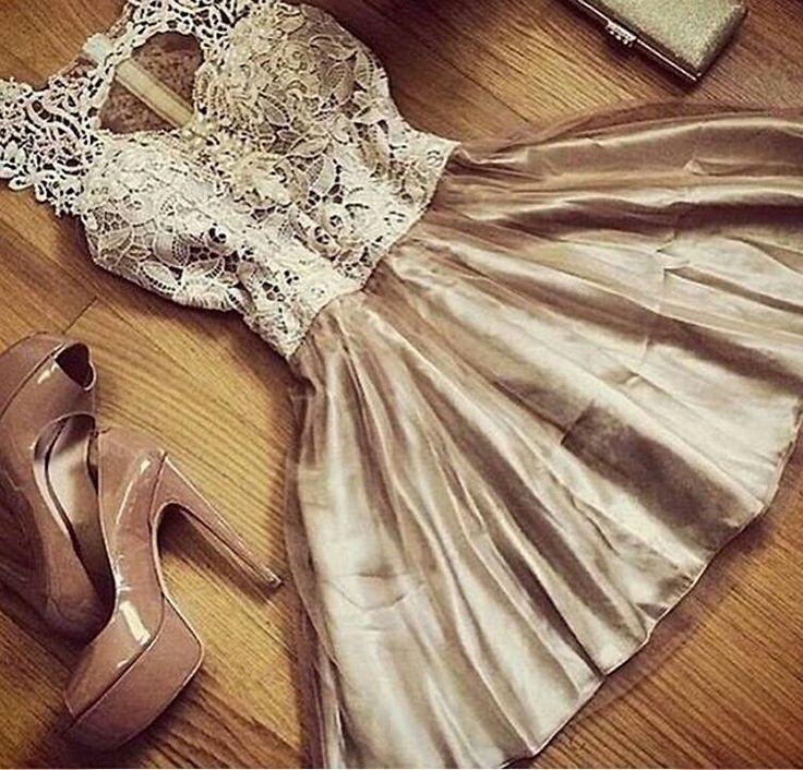 Krásne letné šaty S/M na predaj smile emoticon