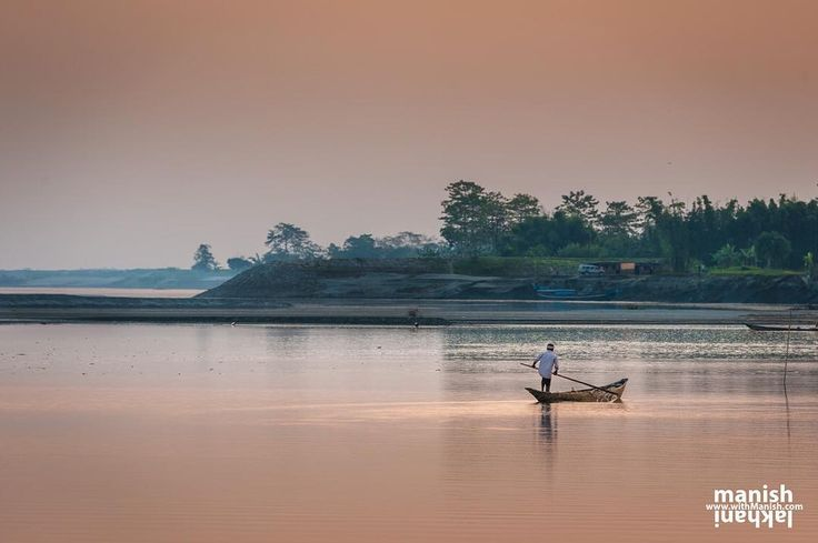 North East India and Assam are always ready to give you surprises and I love those.  Brahmaputra sunset will never go away from my mind.  Here is an image of boatman at golden hours from Majuli coming back from fishing.  #northeastindia #landscape #river #asia#sunset #natgeo #natgeotravel#bbctravel #boat #india #assam#picoftheday #pictureoftheday #travel#traveller #adventure #outdoors#ourplanetdaily #iwanderwhy#passionpassport #inspiredtraveler#thephotosociety…