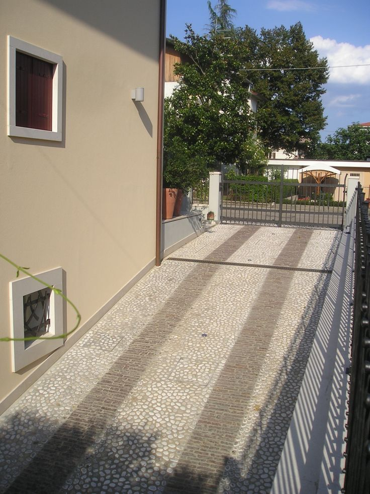 Rampa di accesso / Access ramp