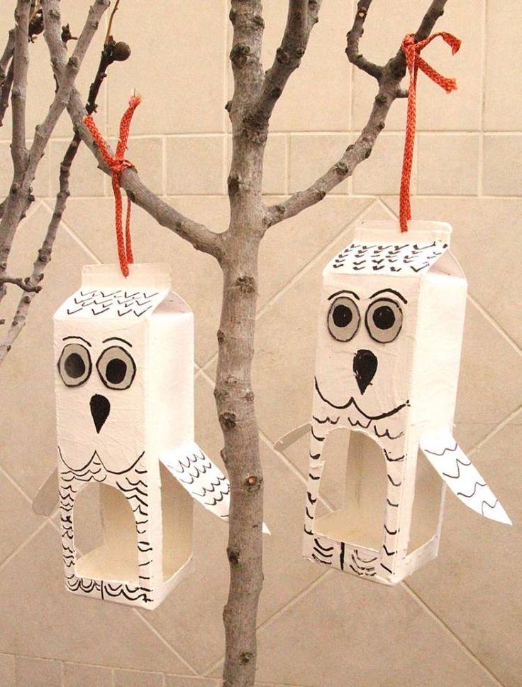 Krmítko pro ptáky vyrobte z krabice od mléka