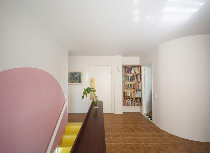 Διαμέρισμα Nadja σε συνεργασία με την KN Group constructions : Ο χώρος κινήσεων στον πάνω όροφο.