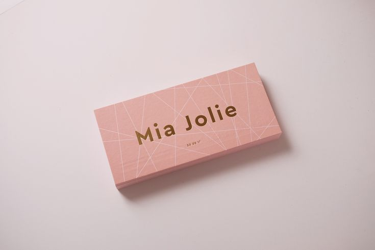 MIA JOLIE birthannouncement letterpress card with goldfoil by studio sijm