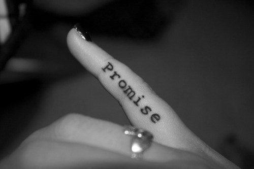 Pinky swear, love this for wedding ring finger