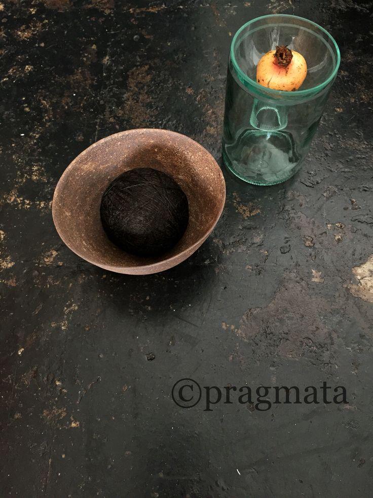 """""""Chocolate ice cream and pomegranate sorbet """" Ceramic bowl by Nikaido Akihiro  Recycled glass vase by Kitamura Masako  「チョコアイスとザクロソルベ」 陶ボウル、二階堂明弘 リサイクルガラス花瓶、キタムラマサコ #pragmata"""