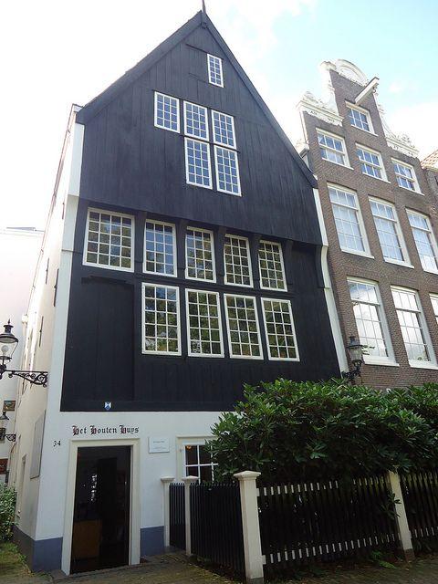 Het Houten Huys, oudste huis van #Amsterdam.