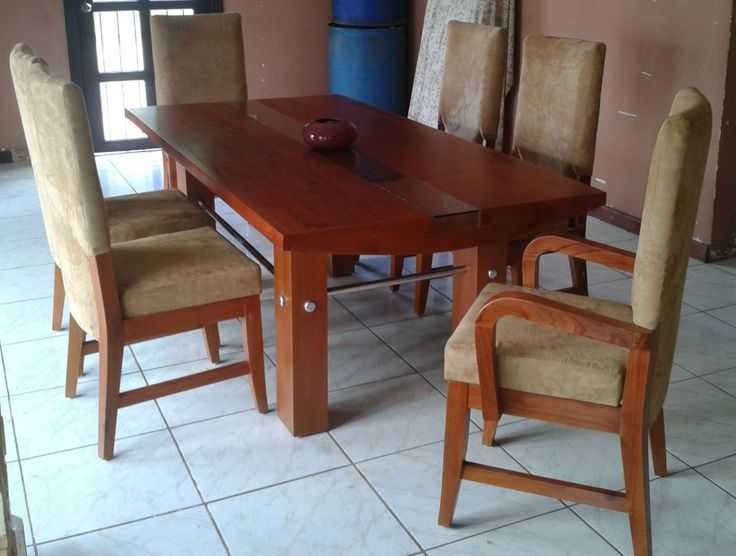 Comedor de diseño exclusivo entregado en Managua a Cecilia Henríquez