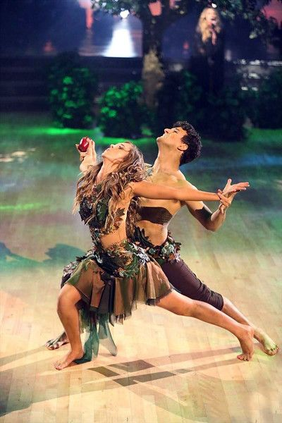 "Wk8 Sadie & Mark danced an Adam & Eve themed Contemporary to ""Uninvited"" by Alanis Morissette Scored: 9+9+10+10 = 38"