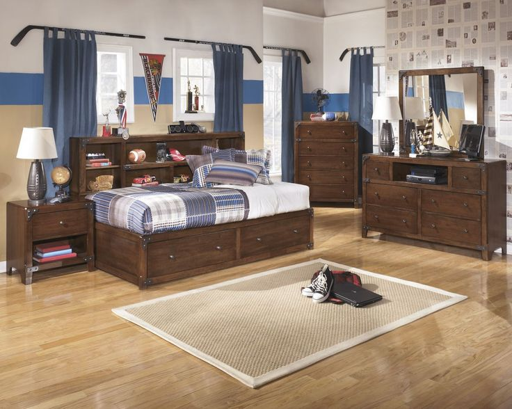 Delburne Twin Size Bed